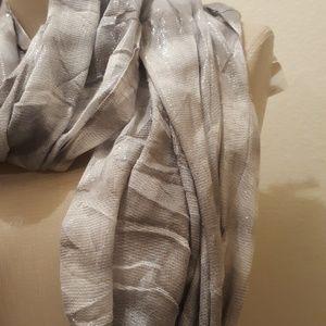 Calvin Klein Other - Calvin klein Infinity loop grey and white Scarf